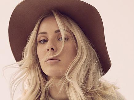 Ellie Goulding en live chez Cauet