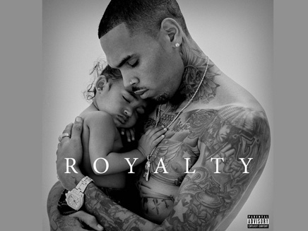 Chris Brown: il pose avec Royalty sur la pochette de son nouvel album!