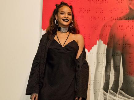 Rihanna: son album n'est toujours pas prêt!