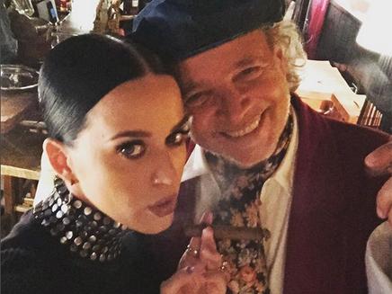 Katy Perry se lance dans le tango en Argentine!