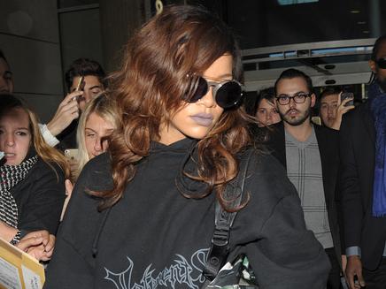 "Rihanna : ""chelou"" à Paris!"