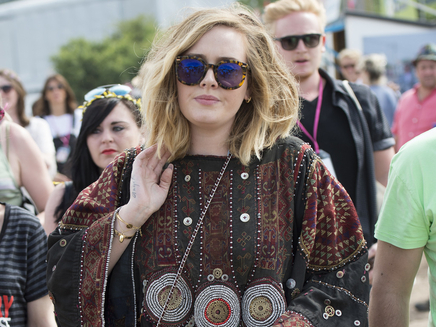 Adele: écoutez «Million Years Ago»!