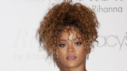 Rihanna : son disque prend du retard !