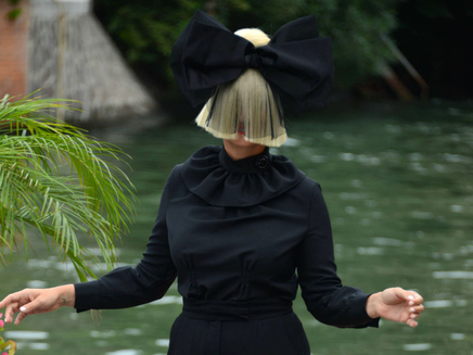Sia : son nouvel album, «This Is Acting», attendu pour le 4 décembre!