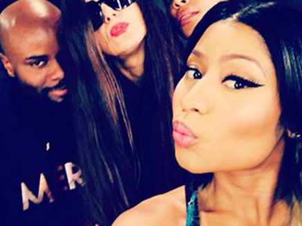 Nicki Minaj : robe transparente et décolleté, elle est super sexy!