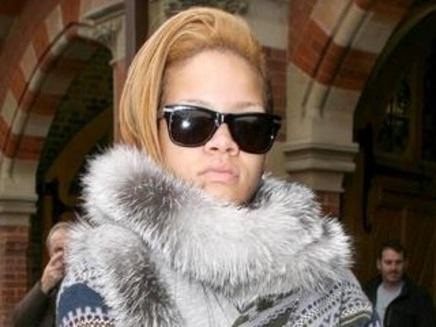 Rihanna n'est pas frileuse ?