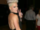 Pink utilise ses musiciens comme baby-sitters !