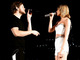 Taylor Swift invite le chanteur d'Imagine Dragons sur scène!