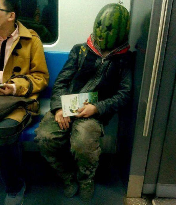 subways-are-not-where-normal-happens-35-photos-8